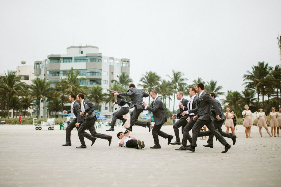 casamento-praia-40-900x599 Casamento na praia - Riviera de São Lourenço - Ariane + Scott