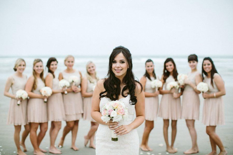 casamento-praia-42-900x600 Casamento na praia - Riviera de São Lourenço - Ariane + Scott